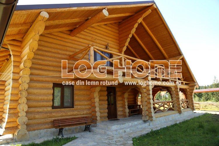 Galerie foto case si cabane din lemn rotund log home for Case de lemn rotund