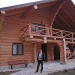casa lemn rotund