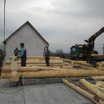 case lemn rotund